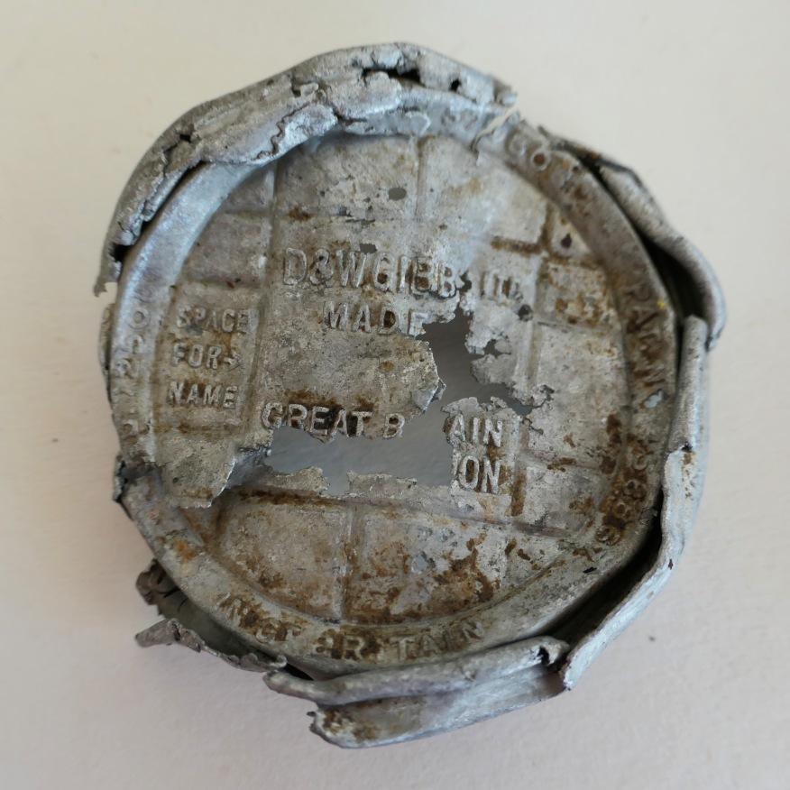 War time Dentrifice tin
